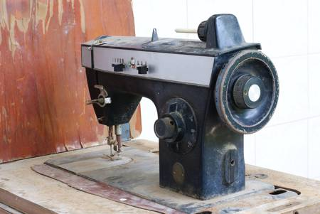 old sewing machine Stock Photo - 21088223