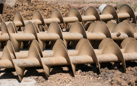 auger: Tube of rust steel auger bunch before hot-dip galvanized