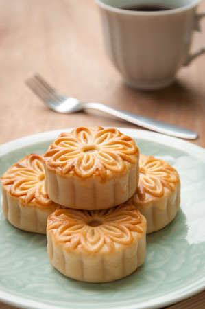 mid autumn festival: mooncake , traditional chinese foods during mid autumn festival