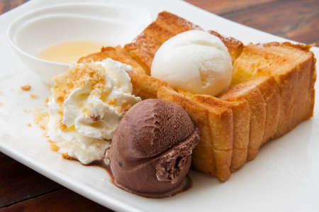 Honey toast photo