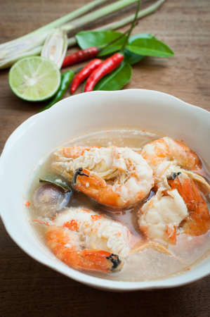 goong: Tom yum goong thai spice soup