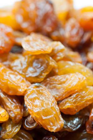 sultanas: Yellow sultanas raisins background