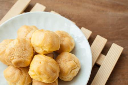 bigne: Delicious beignet