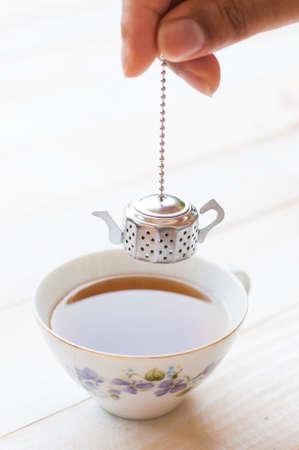 infuser: Brewing tea with tea infuser
