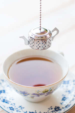 Brewing tea with tea infuser