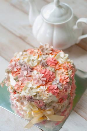 Buttercream flower cake, Happy Birthday cake