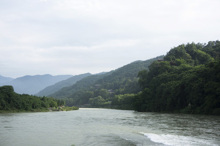 guyan:  mountains with river