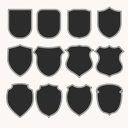 Los iconos de escudos heráldicos establecen siluetas. Ilustración vectorial
