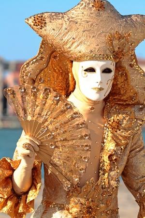 maquillaje de fantasia: en frente de una máscara Foto de archivo