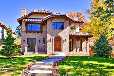 op maat: Alle bakstenen, twee verhaal luxe woning in Denver, Colorado, Verenigde Staten.