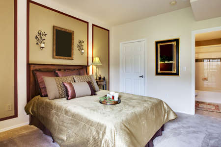 Well decorated apartment bedroom Archivio Fotografico