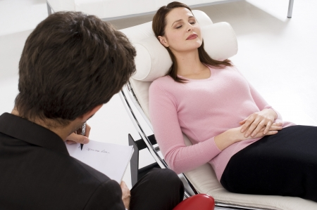 eye patient: woman by the psychologist