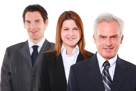 dos hombre de negocios y una empresaria