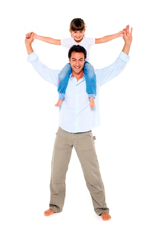 father with daughter on shoulders