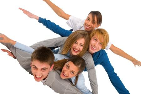 adolescentes que ponen en la pila