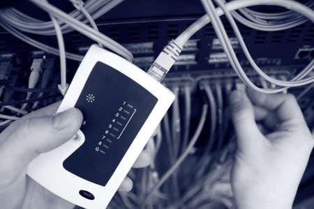 reparaturen: Es ist einen Netzwerk-Switch auf dem Server testen.