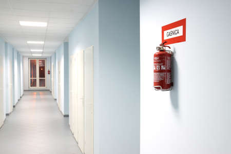 evacuatie: blusapparaat Stockfoto