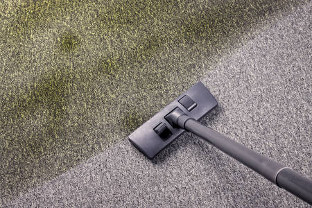 very dirty: Vacuuming very dirty carpet