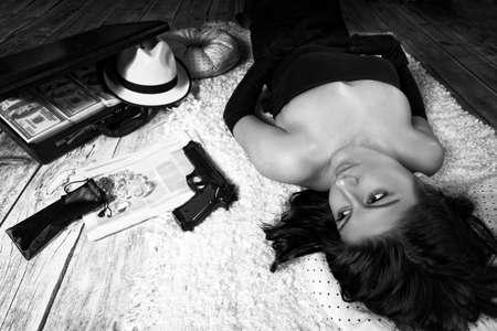Crime Novel - a dangerous woman bandit Stock Photo
