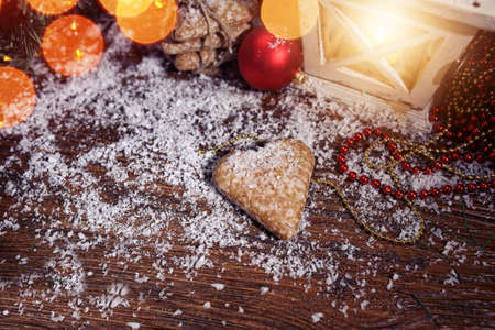 stupendous: Christmas gingerbread heart lies on the snow