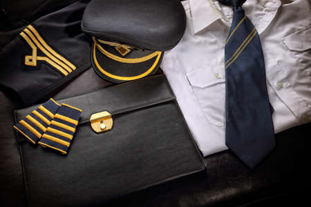 epaulets: Pilot uniform