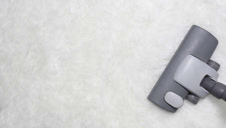 vac: Vacuuming carpet