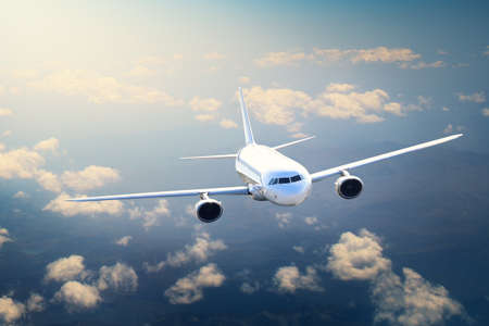 vue d'un gros avion en l'air