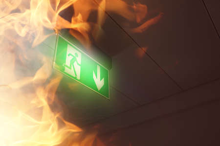 emergency exit in the workplace fire and smoke 免版税图像