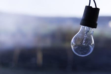 メルヴィルの日没にビンテージの電球 写真素材