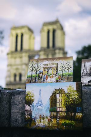 ノートルダム ・ ド ・ パリの絵画、フランス