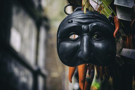 プルチネッラ、ナポリ、南イタリアの伝統のシンボルの伝統的なマスク。イタリアの旅行の概念