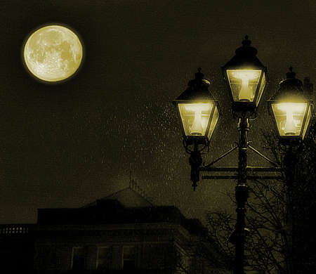 Midnight picture taken at Montreal old town, showing old style street lamps by the moon. Zdjęcie Seryjne