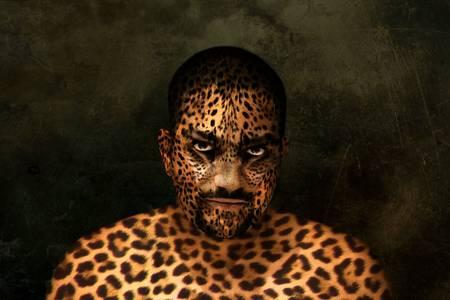 photoshop: Een mans portret esited in Photoshop te laten uitzien als een tijger.