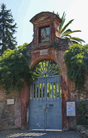 gate entrance to san sebastiano al palatino Stok Fotoğraf