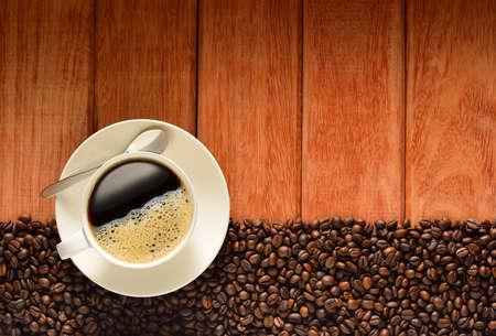 견해: 오래 된 나무 배경에 커피 컵, 커피 콩의 상위 뷰
