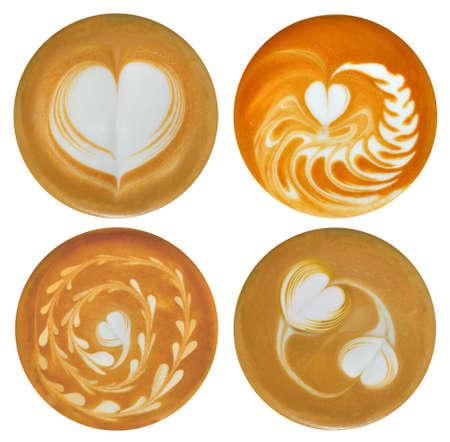 Set van hartvormige latte kunst koffie op een witte achtergrond Stockfoto