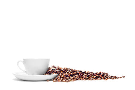 흰색 배경에 고립 된 커피와 커피 콩의 컵 스톡 콘텐츠