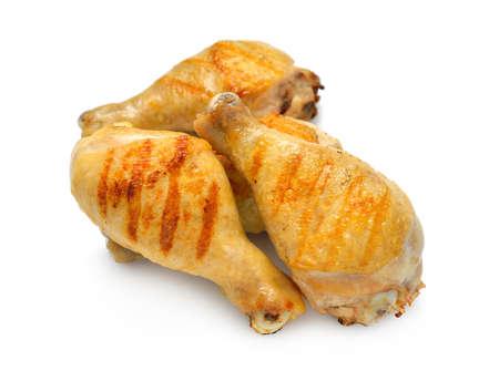 pollo a la brasa: Piernas de pollo a la parrilla aislados sobre fondo blanco Foto de archivo