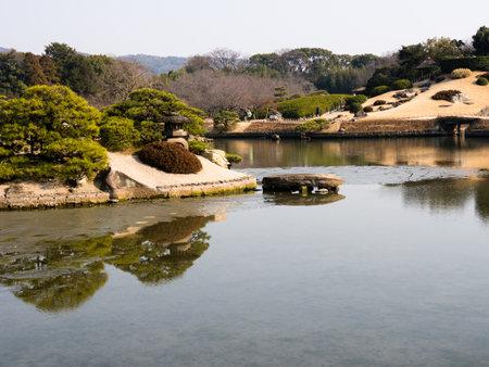 okayama: Okayama Korakuen garden in early spring