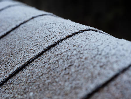 chrystals: Frost on the roof