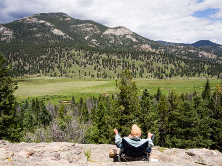rocky mountain national park: Rocky Mountain National Park, CO - July 15, 2015: Man enjoying the scenery in Rocky Mountain National Park