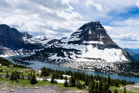 Bearhat mountain and Hidden Lake in Glacier National Park, USA Stock Photo