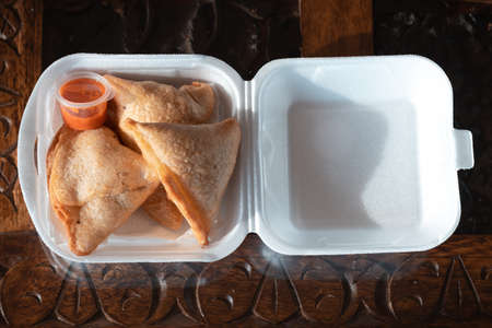 Samosas with dipping chilli sauce