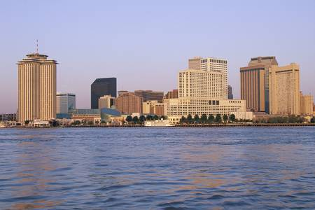 new orleans: New Orleans skyline, seen from the Mississippi River