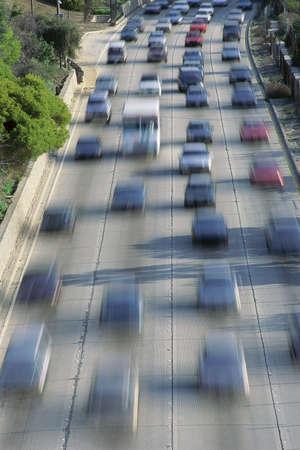 Zwaar verkeer op snelweg Stockfoto