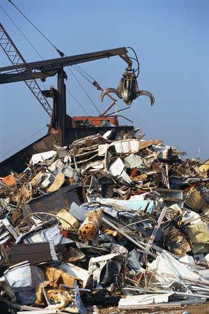 junkyard: Gr�a en la chatarrer�a