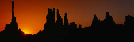 Silhouette of Arizona desert rock formations Stock Photo - 20487007