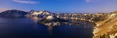 panoramics: Crater Lake, Oregon at winter