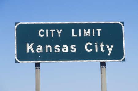 city limit: A sign that reads �City Limit Kansas City� Editorial