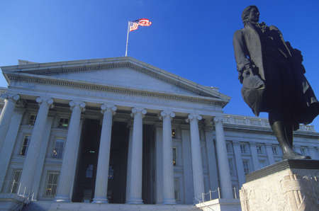 alexander hamilton: Statue of Alexander Hamilton in front of the United States Department of Treasury, Washington, D.C. Editorial